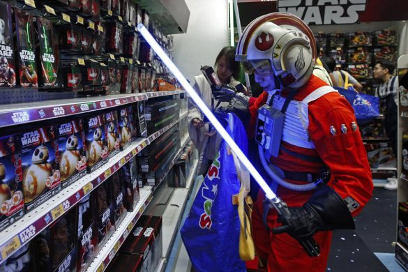 Top 10 stores for star wars collectibles
